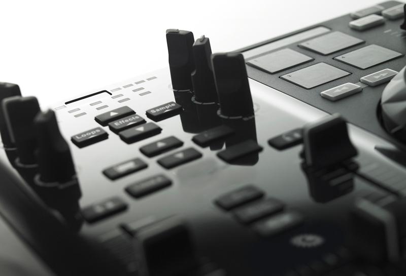 DJ controller released