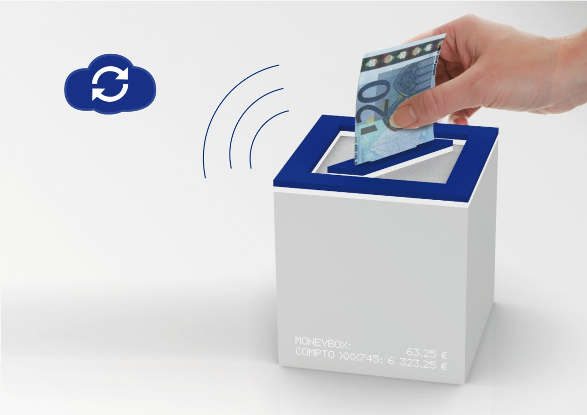 Design Boom -Deutsche Bank future of banking - S-saving Box